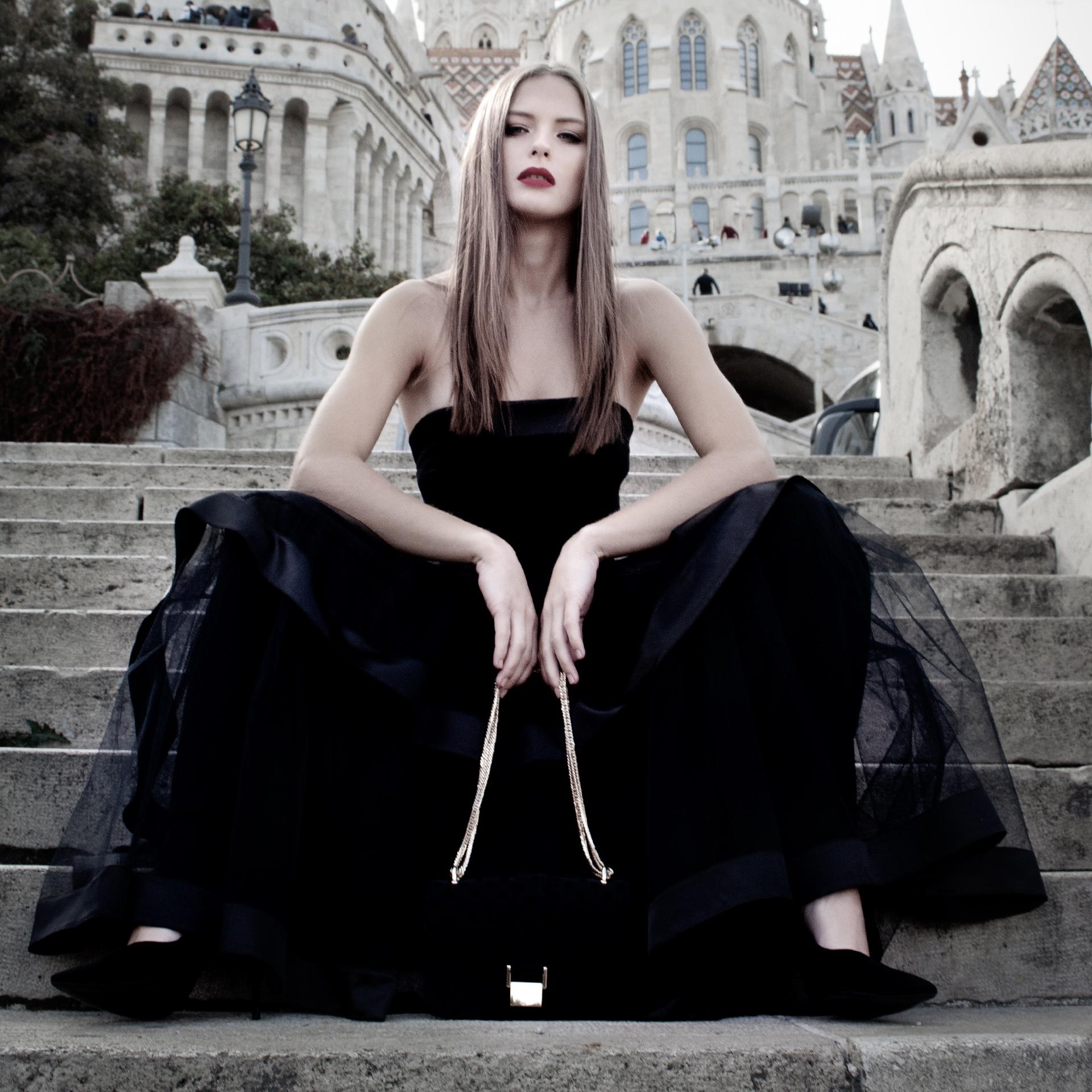 THE DREAM BLACK DRESS