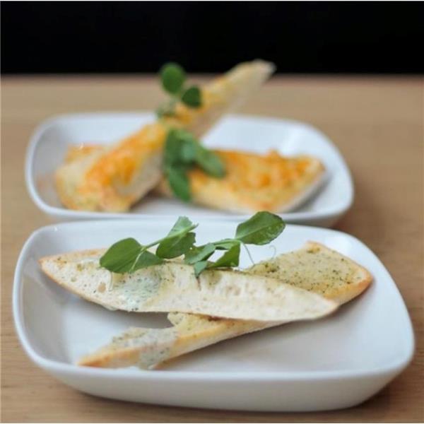 Hvidløgsbrød - frokost tilbud