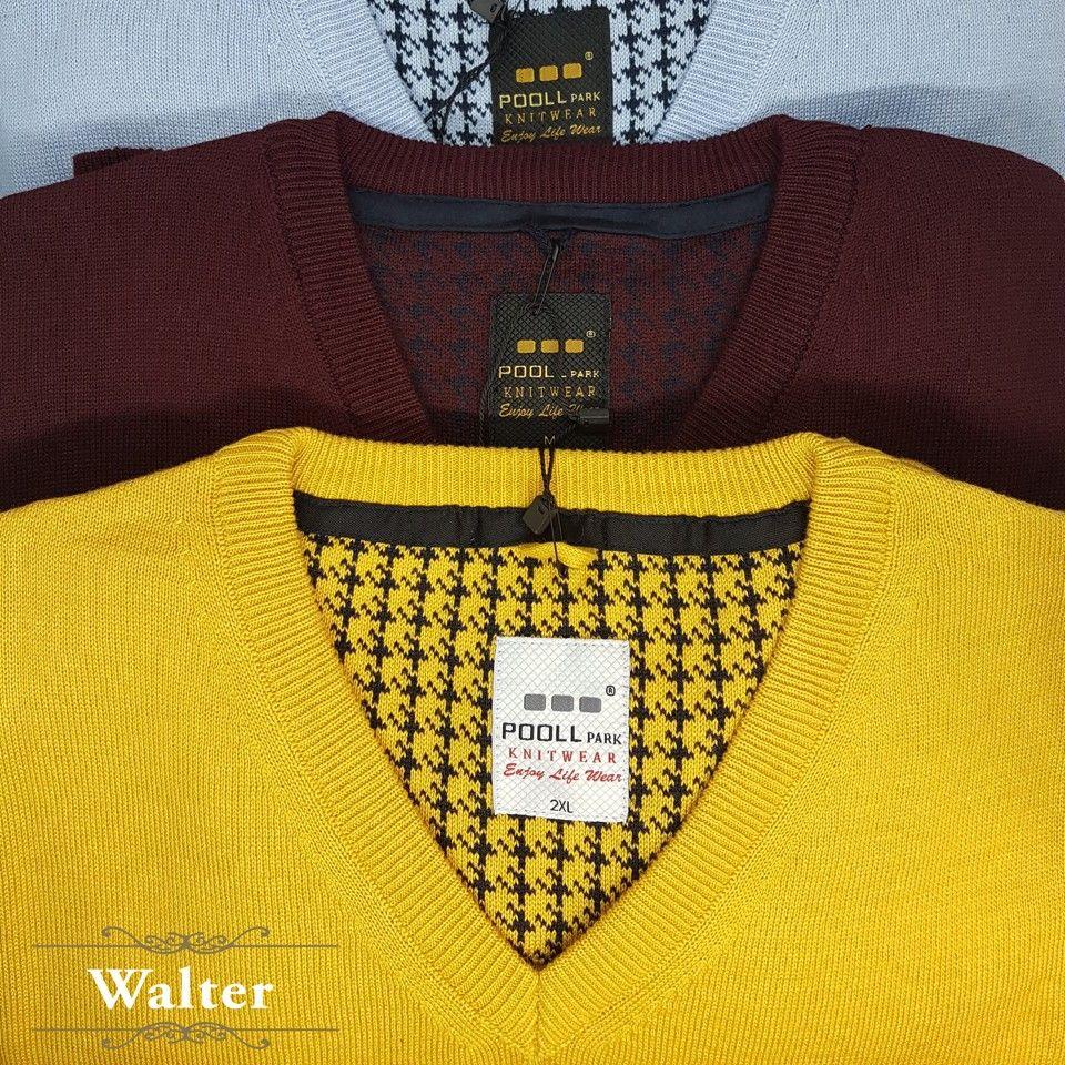 V kivágású pulóver